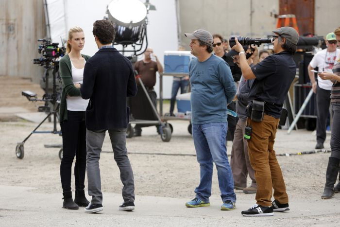"""STITCHERS - """"Friends in Low Places"""" - Kirsten crosses paths with Detective Fisher again when they end up working on the same overdose death of a young woman in an all-new episode of """"Stitchers,"""" airing Tuesday, June 9, 2015 at 9:00PM ET/PT on ABC Family. (ABC Family/Tony Rivetti) EMMA ISHTA, STEVE ROBIN (DIRECTOR)"""