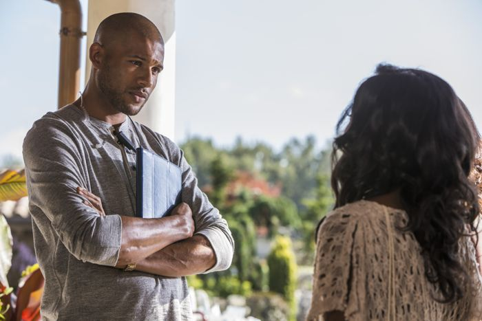 """(L to R) Jeffrey Bowyer-Chapman (""""Jay""""), Natasha Burnett (""""Athena"""") star in Lifetime's all-new drama UnREAL airing Monday, June 8 at 10pm ET/PT on Lifetime."""
