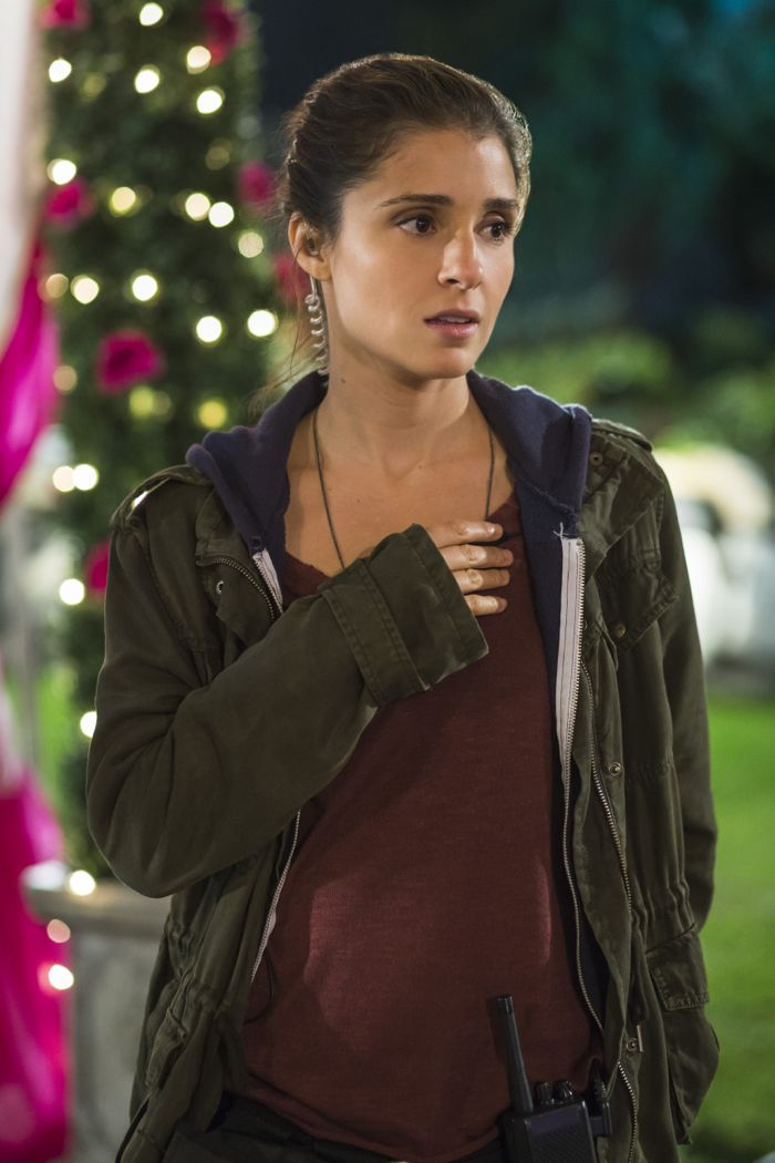 "Shiri Appleby (""Rachel"") stars in Lifetime's all-new drama UnREAL airing, Monday, June 8 at 10pm ET/PT on Lifetime."