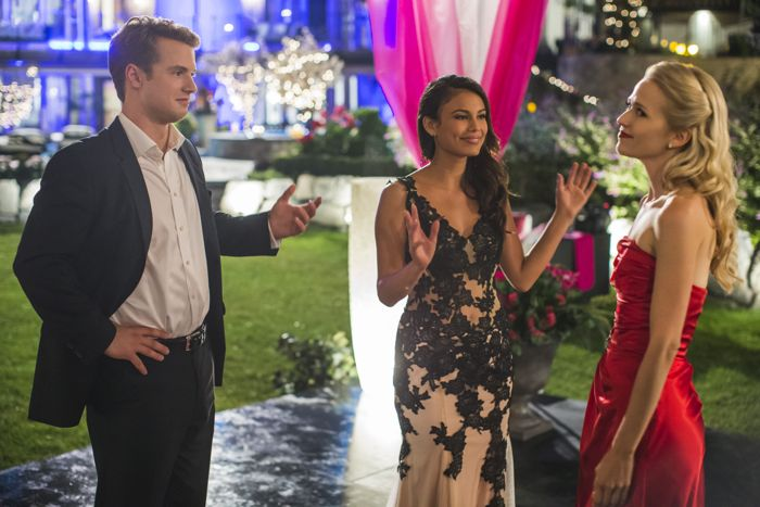 """(L to R) Freddie Stroma (""""Adam""""), Nathalie Kelley (""""Grace"""") and Johanna Braddy (""""Anna"""") star in Lifetime's all-new drama UnREAL airing, Monday, June 8 at 10pm ET/PT on Lifetime."""