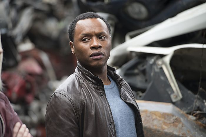 "iZombie -- ""Blaine's World"" -- Image Number: ZMB113B_0180 -- Pictured (L-R): Malcolm Goodwin as Clive Babineaux -- Photo: Diyah Pera/The CW -- © 2015 The CW Network, LLC. All rights reserved."