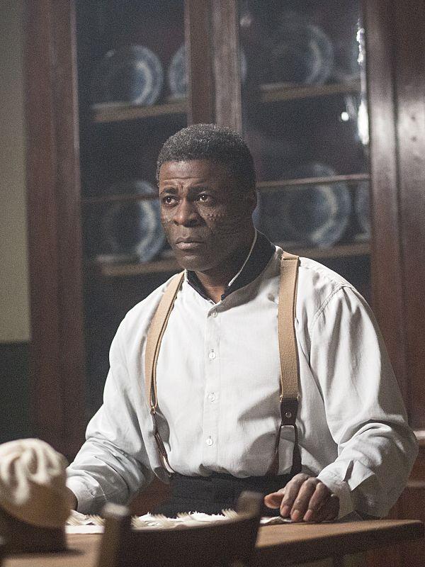 Danny Sapani as Sembene in Penny Dreadful (season 2, episode 6). - Photo: Jonathan Hession/SHOWTIME - Photo ID: PennyDreadful_206_4655