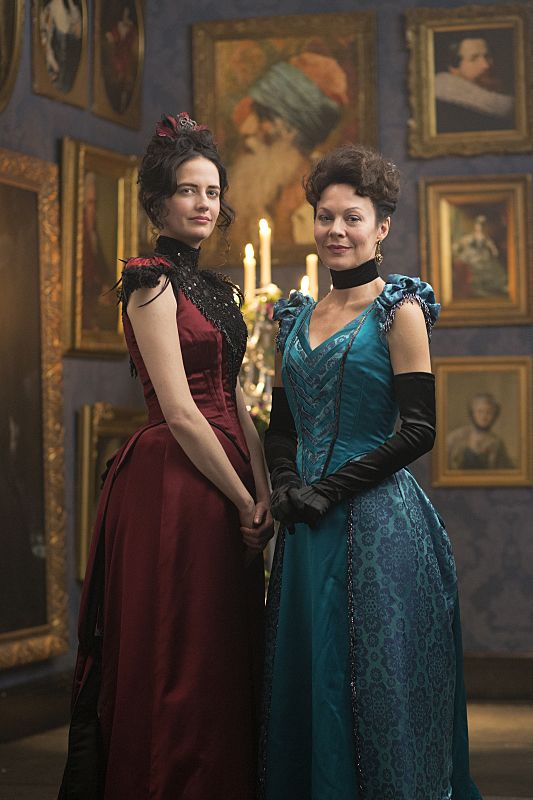 Eva Green as Vanessa Ives and Helen McCrory as Evelyn Poole in Penny Dreadful (season 2, episode 6). - Photo: Jonathan Hession/SHOWTIME - Photo ID: PennyDreadful_206_3705