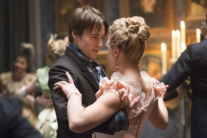 Reeve Carney as Dorian Gray and Billie Piper as Lily in Penny Dreadful (season 2, episode 6). - Photo: Jonathan Hession/SHOWTIME - Photo ID: PennyDreadful_206_3076