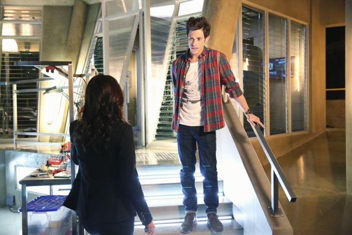 """STITCHERS - """"A Stitch in Time"""" - Highly intelligent and emotionally distant, Kirsten Clark has an aptitude for technology but never expected that she'd be hacking into the minds of the recently deceased, in the series premiere of """"Stitchers,"""" airing Tuesday, June 2, 2015 at 9:00PM ET/PT on ABC Family. (ABC Family/Adam Taylor) KYLE HARRIS"""