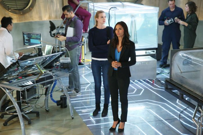 """STITCHERS - """"A Stitch in Time"""" - Highly intelligent and emotionally distant, Kirsten Clark has an aptitude for technology but never expected that she'd be hacking into the minds of the recently deceased, in the series premiere of """"Stitchers,"""" airing Tuesday, June 2, 2015 at 9:00PM ET/PT on ABC Family. (ABC Family/Adam Taylor) EMMA ISHTA, SALLI RICHARDSON-WHITFIELD"""