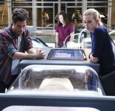STITCHERS - KYLE HARRIS, EMMA ISHTA (ABC Family/Adam Taylor)