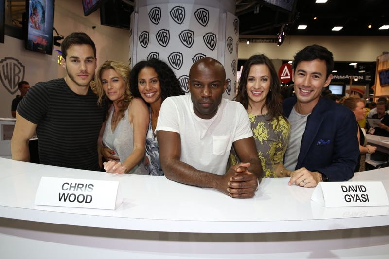 Containment Cast Comic Con San Diego
