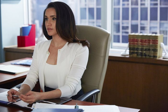 """SUITS -- """"Toe to Toe"""" Episode 505 -- Pictured: Meghan Markle as Rachel Zane -- (Photo by: Shane Mahood/USA Network)"""