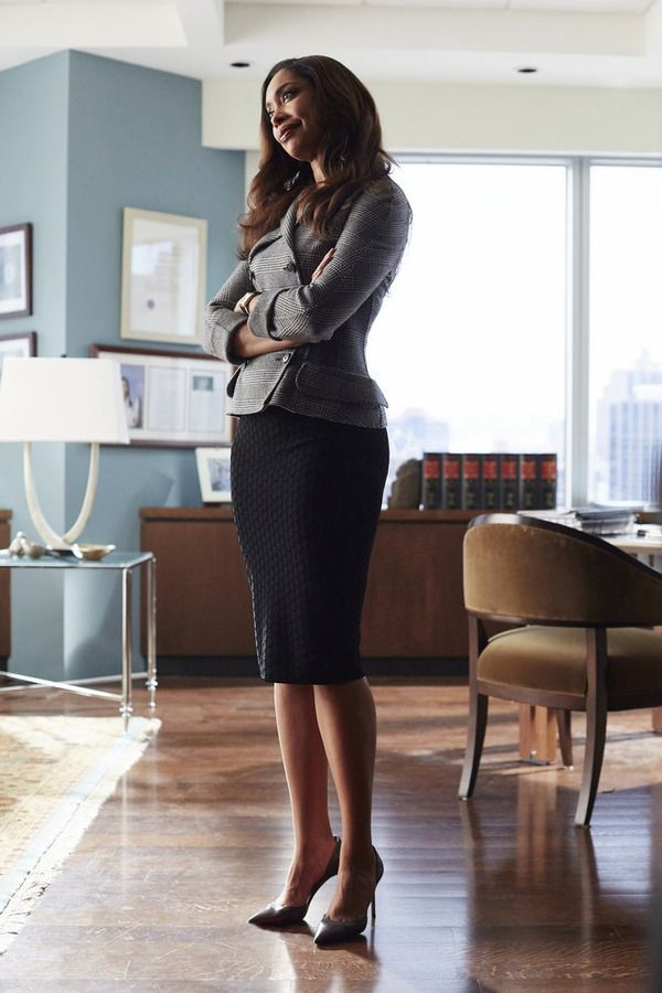 "SUITS -- ""Toe to Toe"" Episode 505 -- Pictured: Gina Torres as Jessica Pearson -- (Photo by: Shane Mahood/USA Network)"