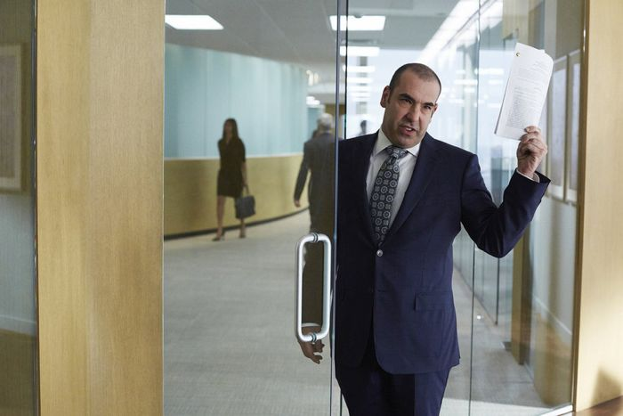 """SUITS -- """"Toe to Toe"""" Episode 505 -- Pictured: Rick Hoffman as Louis Litt -- (Photo by: Shane Mahood/USA Network)"""