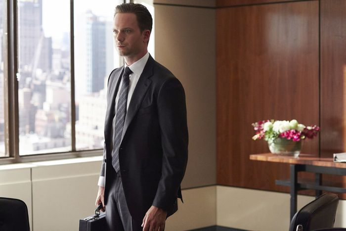 """SUITS -- """"No Puedo Hacerlo"""" Episode 504 -- Pictured: Patrick J. Adams as Michael Ross -- (Photo by: Shane Mahood/USA Network)"""