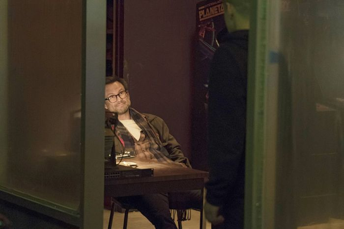 "MR. ROBOT -- ""da3m0ns.mp4"" Episode 104 -- Pictured: Christian Slater as Mr. Robot  -- (Photo by: Virginia Sherwood/USA Network)"