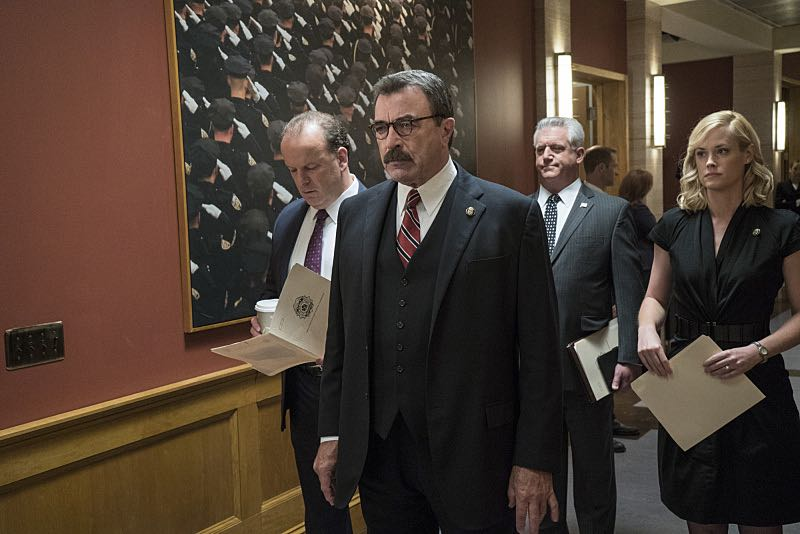 """""""Worst Case Scenario"""" -- Frank grows concerned that a threat to New York City may be imminent following a terrorist attack in the Middle East, on the sixth season premiere of BLUE BLOODS, Friday, Sept 25 (10:00-11:00 PM, ET/PT) on the CBS Television Network.  Pictured: L-R: Robert Clohessy as Lt. Gormley, Tom Selleck as Frank  Reagan, Gregory Jbara  as DCPI Garrett Moore, Abigail Hawk as Abigail Baker. Photo: John Paul Filo/CBS  ©2015CBS Broadcasting Inc. All Rights Reserved."""