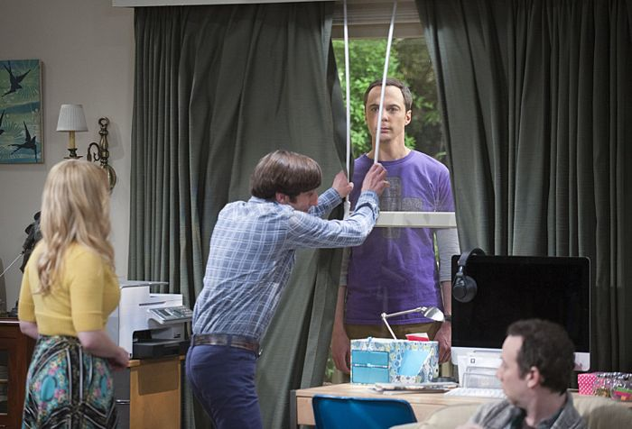 """""""The Matrimonial Momentum"""" -- Sheldon  doesn't know how to act after Amy pushes pause on their relationship, on the ninth season premiere of THE BIG BANG THEORY, Monday, Sept. 21 (8:00-8:31 PM, ET/PT), on the CBS Television Network. Pictured left to right: Melissa Rauch, Simon Helberg, Jim Parsons and Kevin Sussman Photo: Neil Jacobs/CBS ©2015 CBS Broadcasting, Inc. All Rights Reserved"""