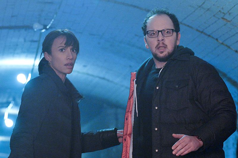 """Beauty and the Beast -- """"Patient X"""" -- Image Number: BB310a_0212.jpg -- Pictured (L-R): Nina Lisandrello as Tess and Austin Basis as JT -- Photo: Ben Mark Holzberg/The CW -- © 2015 The CW Network, LLC. All rights reserved."""