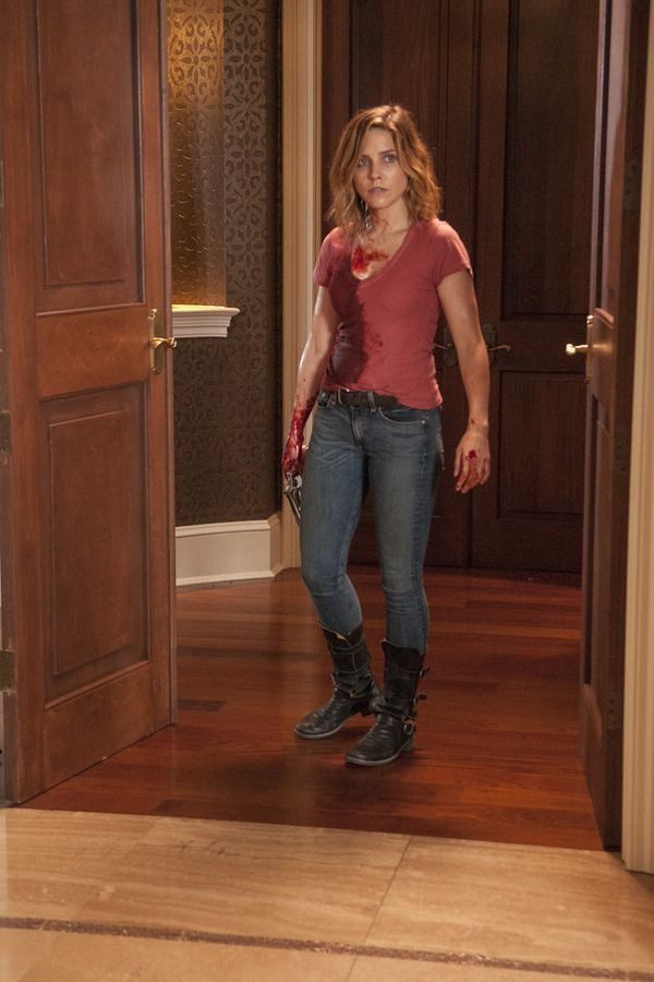 """CHICAGO P.D. -- """"Life Is Fluid"""" Episode 301 -- Pictured: Sophia Bush as Erin Lindsay -- (Photo by: Matt Dinerstein/NBC)"""