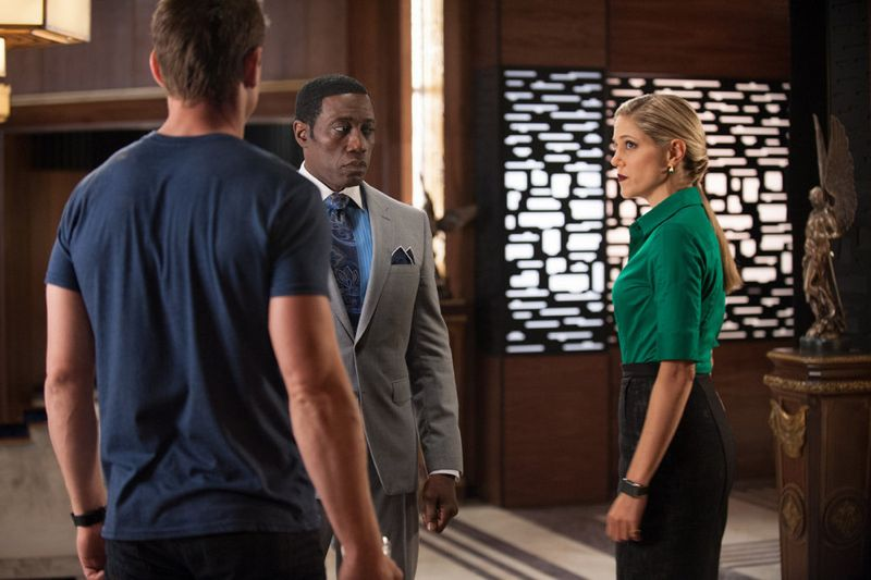 """THE PLAYER -- """"Ante Up"""" Episode 101-- Pictured: (l-r) Philip Winchester as Alex, Wesley Snipes as Mr. Johnson, Charity Wakefield as Cassandra -- (Photo by: Colleen Hayes/NBC)"""