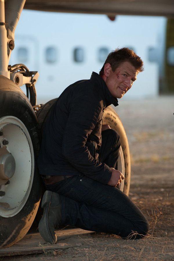 """THE PLAYER -- """"Ante Up"""" Episode 101 -- Pictured: Philip Winchester as Alex -- (Photo by: Colleen Hayes/NBC)"""