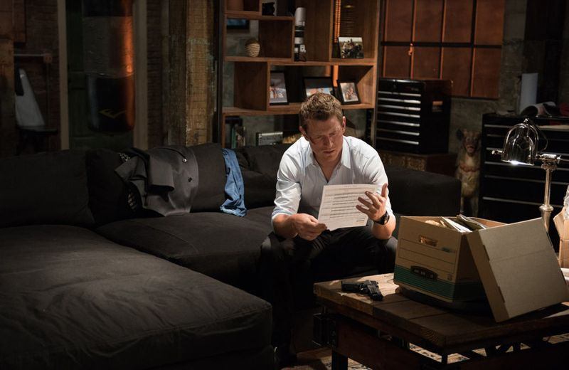 """THE PLAYER -- """"Ante Up"""" Episode 101-- Pictured: Philip Winchester as Alex -- (Photo by: Colleen Hayes/NBC)"""
