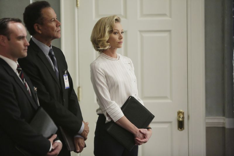 """SCANDAL - """"Paris is Burning"""" - Olivia and Fitz face some very big consequences and Mellie brings in an old friend to make sure she gets her way. Meanwhile, Abby shows Olivia she is fully capable of handling working at the White House, on """"Scandal,"""" THURSDAY OCTOBER 8 (9:00-10:00 p.m., ET) on the ABC Television Network. (ABC/Michael Desmond) PORTIA DE ROSSI"""