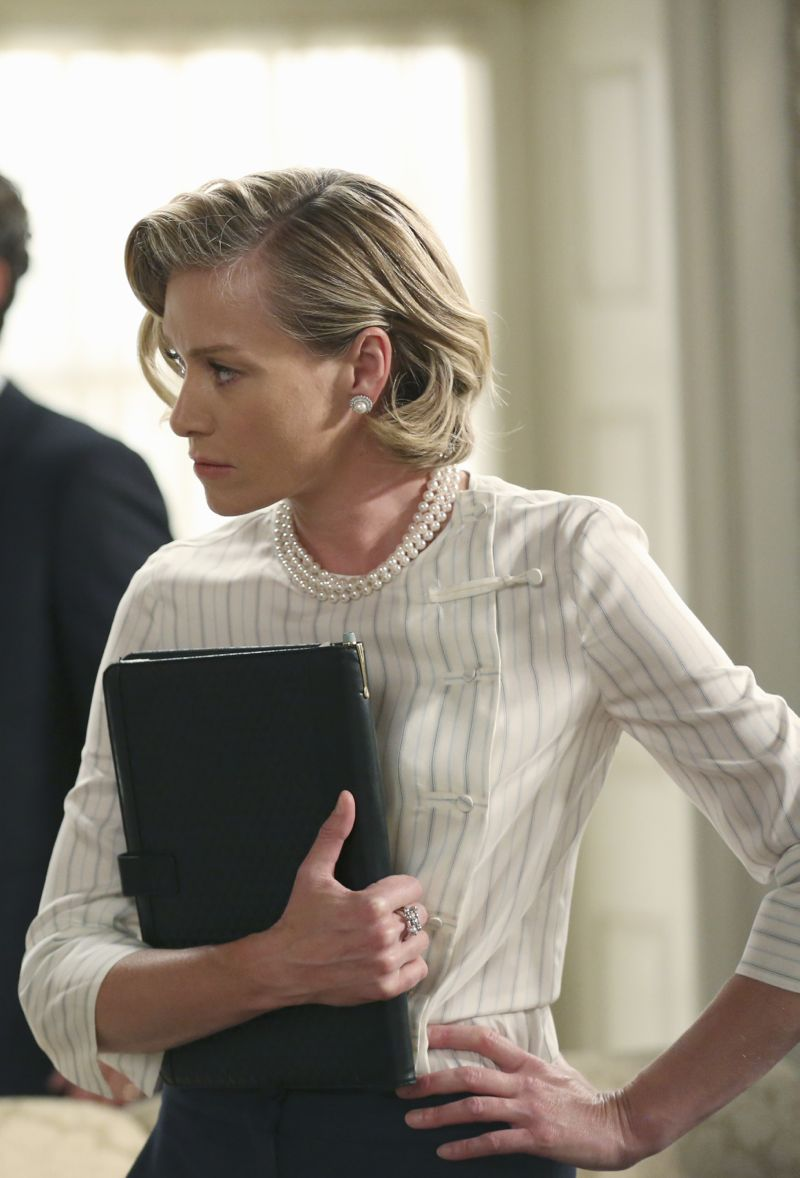 """SCANDAL - """"Paris is Burning"""" - Olivia and Fitz face some very big consequences and Mellie brings in an old friend to make sure she gets her way. Meanwhile, Abby shows Olivia she is fully capable of handling working at the White House, on """"Scandal,"""" THURSDAY OCTOBER 8 (9:00-10:00 p.m., ET) on the ABC Television Network. (ABC/John Fleenor) PORTIA DE ROSSI"""