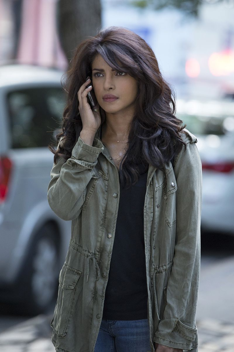 """QUANTICO - """"America"""" -- Alex is on the run and must outsmart Liam and his team to get into her apartment for anything that could help clear her name. Meanwhile, in a flashback to Quantico training, the NATS are tasked with finding a needle in a haystack while looking for potential threats to national security, on """"Quantico"""" SUNDAY, OCTOBER 4 (10:01--11:00 p.m., ET) on the ABC Television Network. (ABC/Eric Liebowitz) PRIYANKA CHOPRA"""