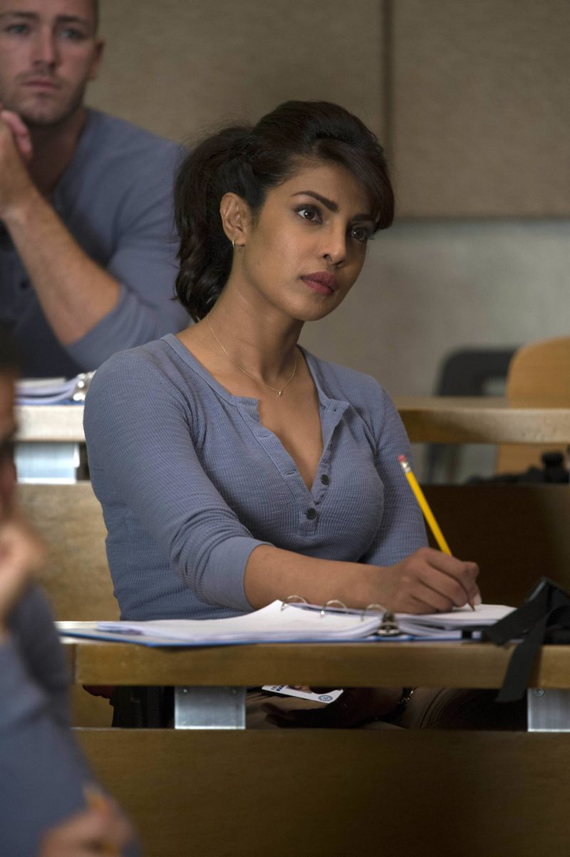 """QUANTICO - """"America"""" -- Alex is on the run and must outsmart Liam and his team to get into her apartment for anything that could help clear her name. Meanwhile, in a flashback to Quantico training, the NATS are tasked with finding a needle in a haystack while looking for potential threats to national security, on """"Quantico"""" SUNDAY, OCTOBER 4 (10:01--11:00 p.m., ET) on the ABC Television Network. (ABC/Phillippe Bosse) PRIYANKA CHOPRA"""