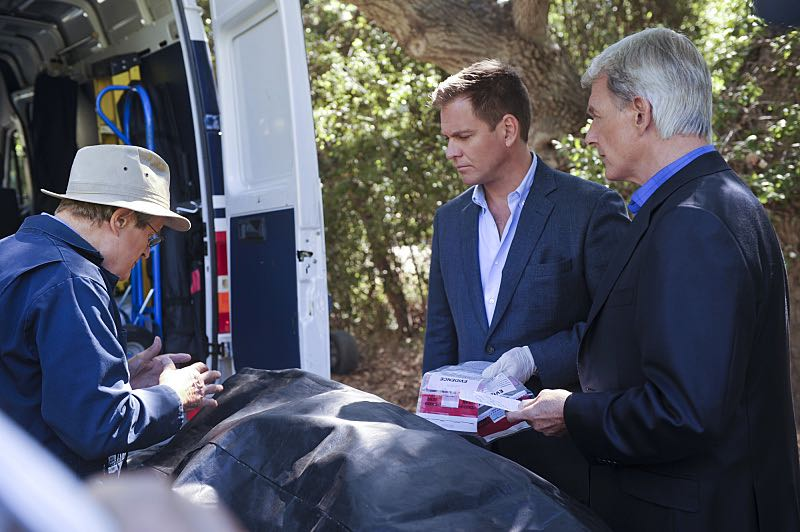 """""""Incognito"""" -- After a Marine is found murdered in Quantico hours after calling Gibbs to discuss a possible case, Bishop and McGee go undercover as a married couple to run surveillance on a Marine Lieutenant and his wife, on NCIS, Tuesday, Oct. 6 (8:00-9:00 PM, ET/PT), on the CBS Television Network. Pictured left to right: David McCallum, Michael Weatherly and Mark Harmon Photo: Darren Michaels/CBS ©2015 CBS Broadcasting, Inc. All Rights Reserved"""