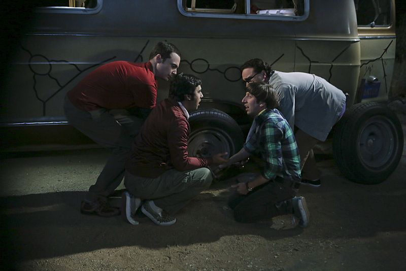 """""""The Bachelor Party Corrosion"""" -- The guys' science skills are put to the test when they get a flat tire during Leonard's bachelor party weekend in Mexico, on THE BIG BANG THEORY, Monday, Oct. 5 (8:00-8:31 PM, ET/PT), on the CBS Television Network. Pictured left to right: Jim Parsons, Kunal Nayyar, Simon Helberg and Johnny Galecki Photo: Monty Brinton/CBS ©2015 CBS Broadcasting, Inc. All Rights Reserved"""