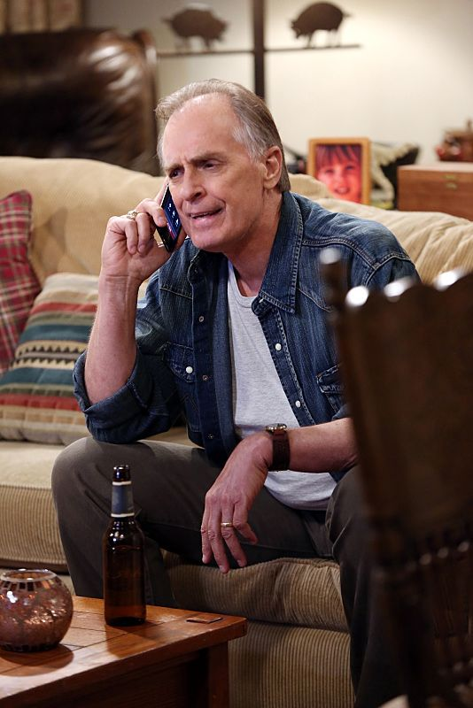 """""""The Bachelor Party Corrosion"""" -- The girls force Penny to finally tell her family that she eloped with Leonard, on THE BIG BANG THEORY, Monday, Oct. 5 (8:00-8:31 PM, ET/PT), on the CBS Television Network. Pictured: Keith Carradine Photo: Monty Brinton/CBS ©2015 CBS Broadcasting, Inc. All Rights Reserved"""