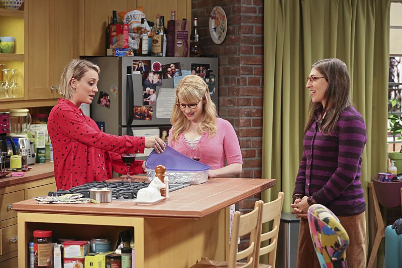"""""""The Bachelor Party Corrosion"""" -- The girls force Penny to finally tell her family that she eloped with Leonard, on THE BIG BANG THEORY, Monday, Oct. 5 (8:00-8:31 PM, ET/PT), on the CBS Television Network. Pictured left to right: Kaley Cuoco-Sweeting, Melissa Rauch and Mayim Bialik Photo: Monty Brinton/CBS ©2015 CBS Broadcasting, Inc. All Rights Reserved"""
