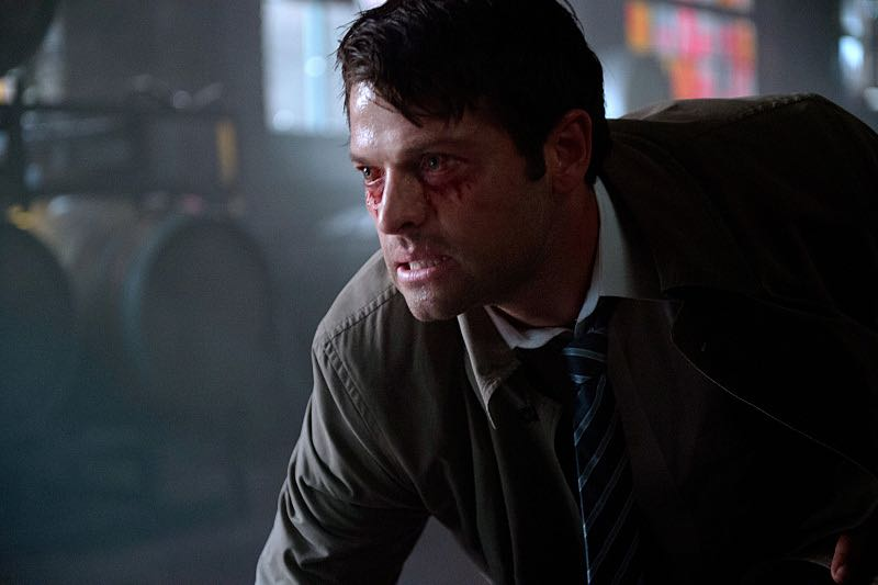"""Supernatural -- """"Out of the Darkness, Into the Fire"""" -- Image SN1102A_0046.jpg -- Pictured: Misha Collins as Castiel -- Photo: Diyah Pera/The CW -- © 2015 The CW Network, LLC. All Rights Reserved."""
