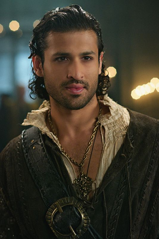 "Reign -- ""Three Queens, Two Tigers"" -- Image Number: RE301a_0066.jpg -- Pictured: Saamer Usmani as Martin de Lambert -- Photo: Sven Frenzel/The CW -- © 2015 The CW Network, LLC. All rights reserved."