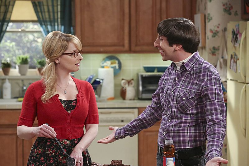 """The Separation Oscillation"" -- Leonard confronts the woman he kissed on the North Sea in an attempt to set Penny's mind at ease, on THE BIG BANG THEORY, Monday, Sept. 28 (8:00-8:31 PM, ET/PT), on the CBS Television Network. pictured left to right: Melissa Rauch and Simon Helberg Photo: Michael Yarish/Warner Bros. Entertainment Inc. © 2015 WBEI. All rights reserved."