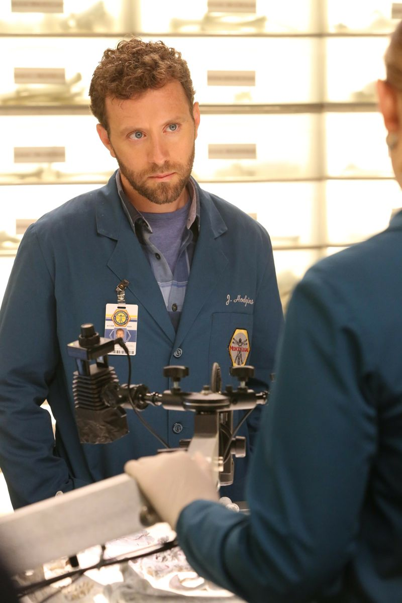 "BONES:  TJ Thyne in the ""The Loyalty in the Lie"" season premiere of BONES airing Thursday, Oct. 1 (8:00-9:00 PM ET/PT) on FOX.  ©2015 Fox Broadcasting Co.  Cr:  Patrick McElhenney/FOX"