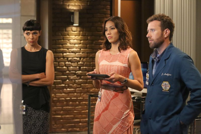 "BONES:  L-R:  Tamara Taylor, Michaela Conlin and TJ Thyne in the ""The Loyalty in the Lie"" season premiere of BONES airing Thursday, Oct. 1 (8:00-9:00 PM ET/PT) on FOX.  ©2015 Fox Broadcasting Co.  Cr:  Patrick McElhenney/FOX"