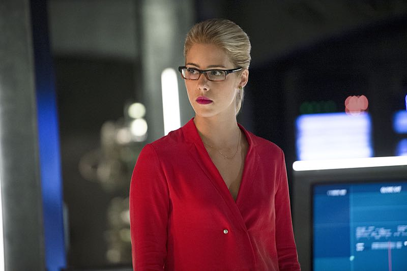 "Arrow -- ""Haunted"" -- Image AR404B_0154b.jpg -- Pictured: Emily Bett Rickards as Felicity Smoak -- Photo: Cate Cameron/ The CW -- © 2015 The CW Network, LLC. All Rights Reserved."