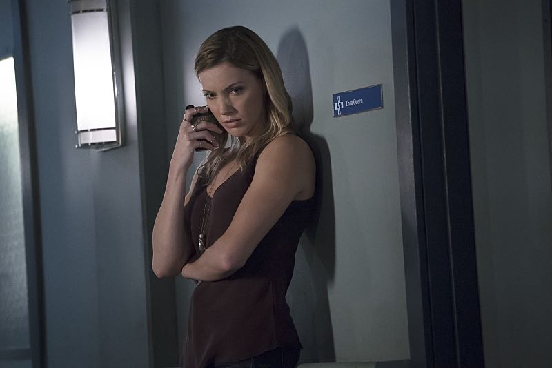 "Arrow -- ""Haunted"" -- Image AR404A_0121b.jpg -- Pictured: Katie Cassidy as Laurel Lance -- Photo: Katie Yu/ The CW -- © 2015 The CW Network, LLC. All Rights Reserved."