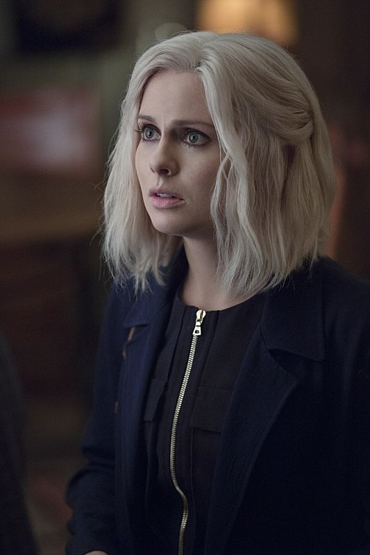 "iZombie -- ""Love & Basketball"" -- Image Number: ZMB205b_0326.jpg -- Pictured: Rose McIver as Liv -- Photo: Cate Cameron/The CW -- © 2015 The CW Network, LLC. All rights reserved"