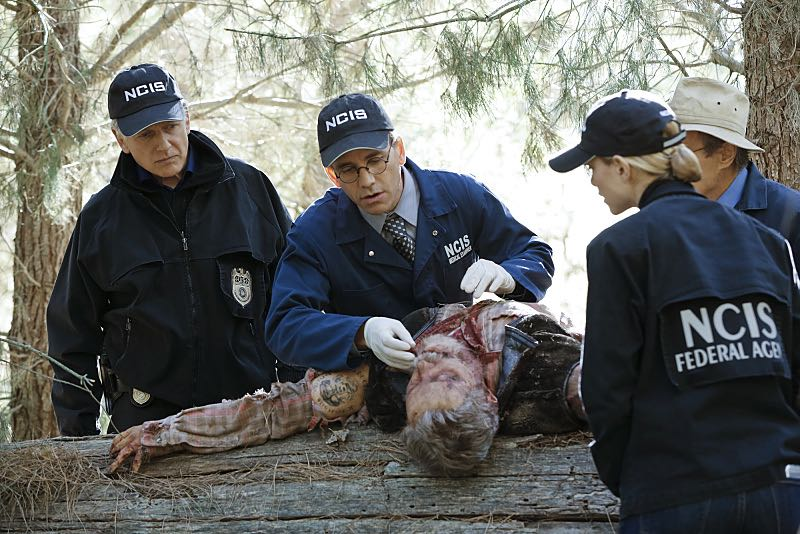 """16 Years"" -- The NCIS murder case of a retired Navy Lieutenant Commander forces Ducky to reveal his participation in a secret society that solves cold cases, on NCIS, Tuesday, Nov. 3 (8:00-9:00 PM, ET/PT), on the CBS Television Network. Pictured left to right: Mark Harmon, Brian Dietzen, Emily Wickersham and David McCallum Photo: Robert Voets/CBS ©2015 CBS Broadcasting, Inc. All Rights Reserved"
