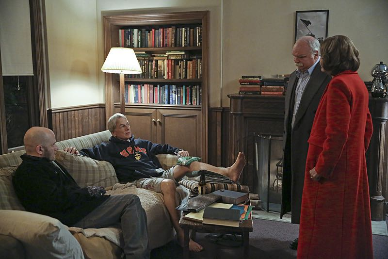 """16 Years"" -- The NCIS murder case of a retired Navy Lieutenant Commander forces Ducky to reveal his participation in a secret society that solves cold cases, on NCIS, Tuesday, Nov. 3 (8:00-9:00 PM, ET/PT), on the CBS Television Network. Pictured left to right: Todd Louiso, Mark Harmon, Richard Riehle and Jessica Walter Photo: Cliff Lipson/CBS ©2015 CBS Broadcasting, Inc. All Rights Reserved"