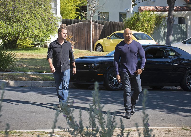 """Unspoken"" -- Pictured: Chris O'Donnell (Special Agent G. Callen) and LL COOL J (Special Agent Sam Hanna). The team searches for Sam's former partner, Ruiz (Anthony Ruivivar), who disappears while buying a deadly explosive during an undercover operation, on NCIS: LOS ANGELES, Monday, Nov. 2 (10:00-11:00, ET/PT), on the CBS Television Network. Photo: Neil Jacobs/CBS ©2015 CBS Broadcasting, Inc. All Rights Reserved."