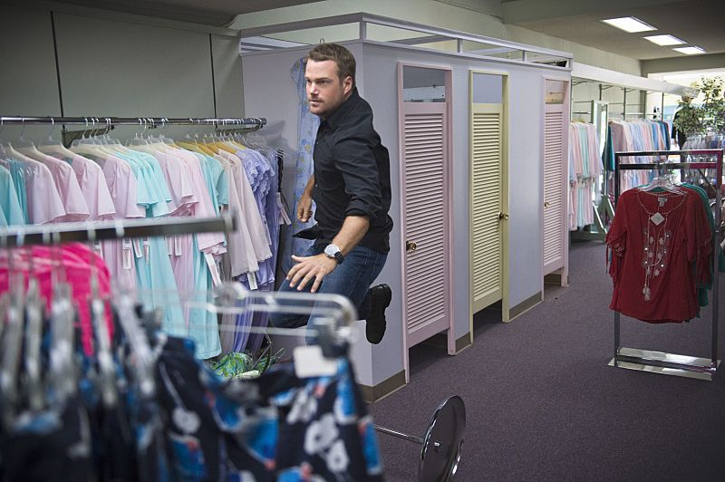 """Unspoken"" -- Pictured: Chris O'Donnell (Special Agent G. Callen). The team searches for Sam's former partner, Ruiz (Anthony Ruivivar), who disappears while buying a deadly explosive during an undercover operation, on NCIS: LOS ANGELES, Monday, Nov. 2 (10:00-11:00, ET/PT), on the CBS Television Network. Photo: Neil Jacobs/CBS ©2015 CBS Broadcasting, Inc. All Rights Reserved."