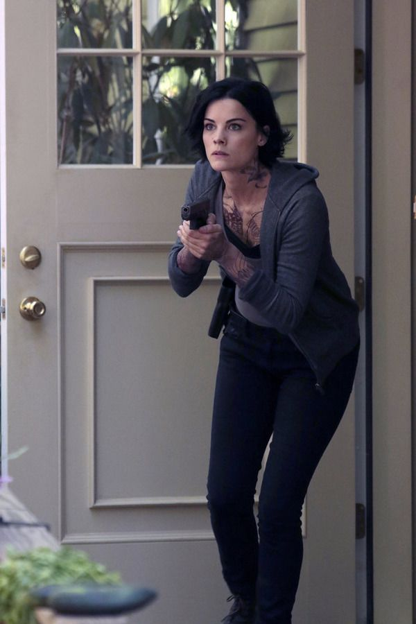 "BLINDSPOT -- ""Sent on Tour"" Episode 107 -- Pictured: Jaimie Alexander as Jane Doe -- (Photo by: Giovanni Rufino/NBC)"