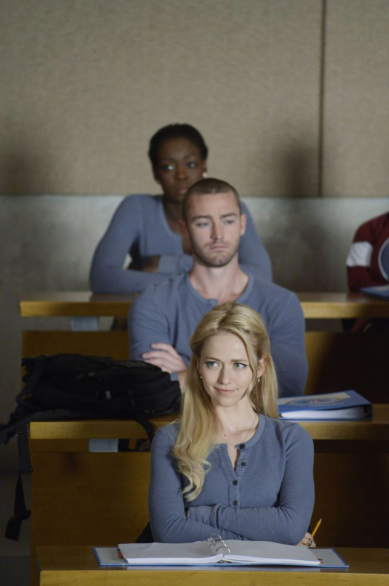 """QUANTICO - """"God"""" - The NATs learn surveillance by putting it into practice with Miranda and her troubled son, Charlie. Shelby tries to keep Caleb at a distance, but Raina opens the door to a closer relationship with Simon. In the future, Alex is helped when she tries to hack into an FBI computer, on """"Quantico,"""" SUNDAY, NOVEMBER 1 (10:01-11:00 p.m., ET) on the ABC Television Network. (ABC/Phillipe Bosse) JAKE MCLAUGHLIN, JOHANNA BRADDY"""