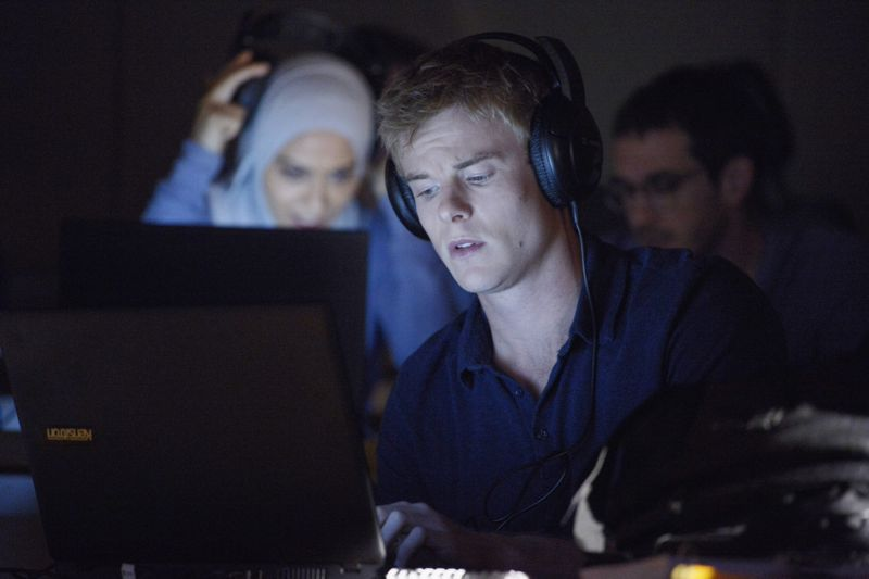 """QUANTICO - """"God"""" - The NATs learn surveillance by putting it into practice with Miranda and her troubled son, Charlie. Shelby tries to keep Caleb at a distance, but Raina opens the door to a closer relationship with Simon. In the future, Alex is helped when she tries to hack into an FBI computer, on """"Quantico,"""" SUNDAY, NOVEMBER 1 (10:01-11:00 p.m., ET) on the ABC Television Network. (ABC/Phillipe Bosse) YASMINE AL MASSRI, GRAHAM ROGERS"""