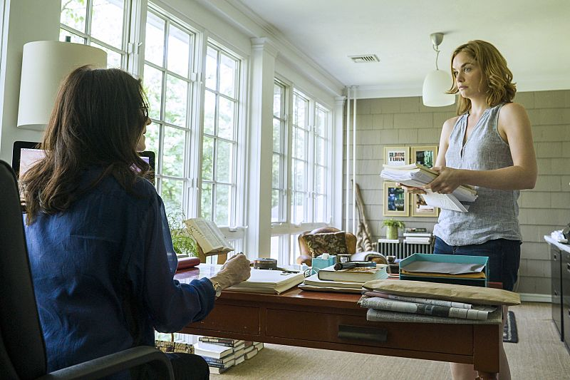 Ruth WIlson as Alison in The Affair (season 2, episode 5). - Photo: Mark Schafer/SHOWTIME - Photo ID: TheAffair_205_2746