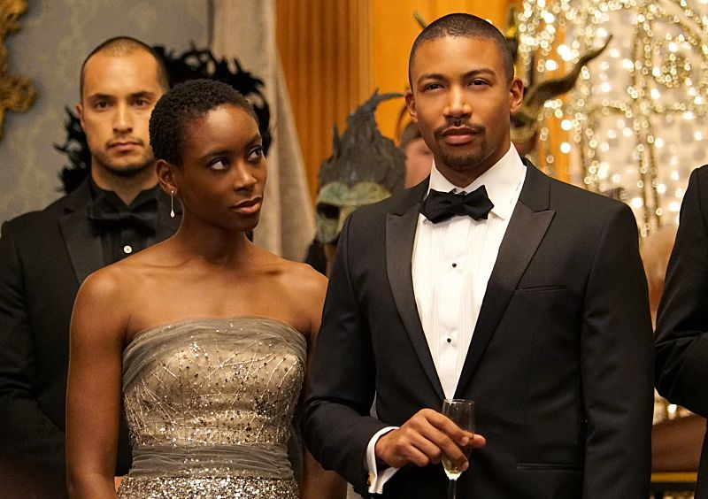 "The Originals -- ""A Walk on the Wild Side"" -- Image Number: OG304b_0241.jpg -- Pictured (L-R): Tracy Ifeachor as Aya and Charles Michael Davis as Marcel -- Photo: Annette Brown/The CW -- © 2015 The CW Network, LLC. All rights reserved."