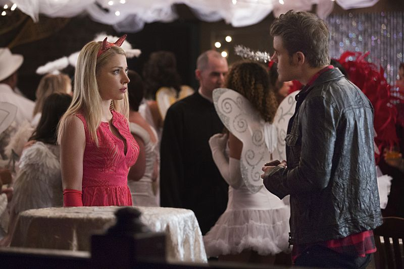 """The Vampire Diaries -- """"I Carry Your Heart With Me"""" -- Image Number: VD704a_0073.jpg -- Pictured (L-R): Teressa Liane as Mary Louise and Paul Wesley as Stefan -- Photo: Bob Mahoney/The CW -- © 2015 The CW Network, LLC. All rights reserved."""